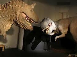 museo nacional de madrid y barcelona con exposiciónes a tamaño real de dinosaurios
